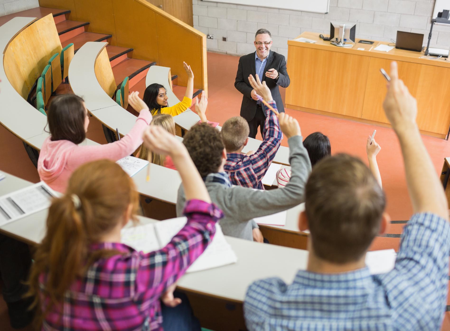 I vzdělávací organizace se mohou stát autorizovanou osobou a získat řadu výhod